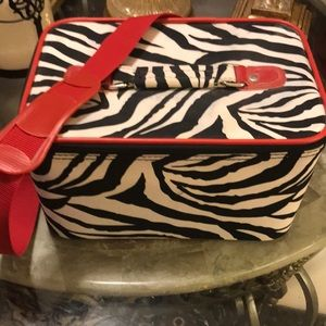 Handbags - 😎Zebra /large cosmetic case. Matching bag listed